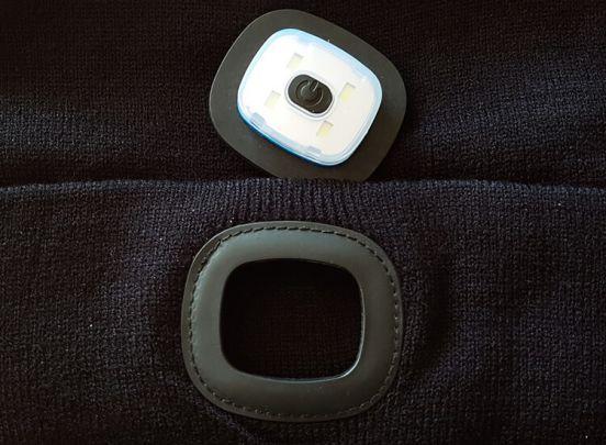 Modieuze muts met led-verlichting - hip en veilig
