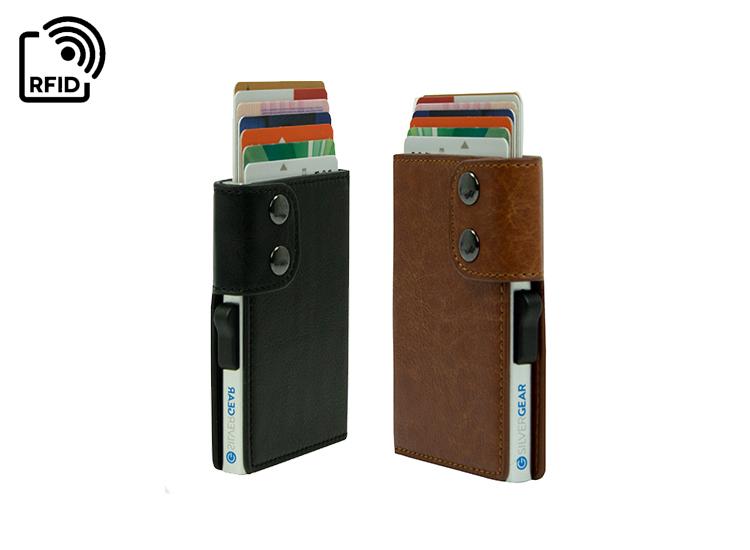 Silvergear Smart Card Wallet - Zwart of Bruin - Geschikt voor 6 creditcard/betaalpassen,Bescherming van Radio Frequency Identification (RFID),Voorzien van een stevige aluminium case,Schuifknop om je pasjes naar buiten te schuiven